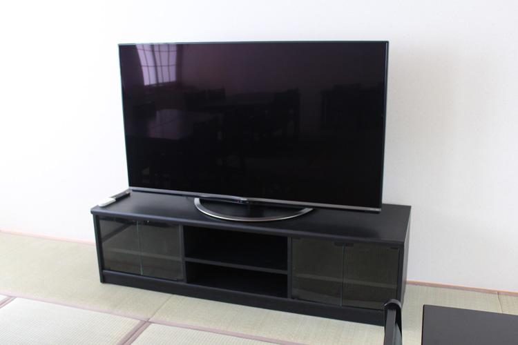 広間のテレビ