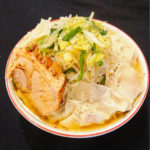 スパイシー味噌ワンタン麺