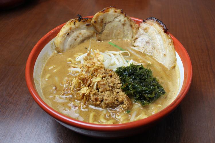 伊勢味噌炙りチャーシュー麺