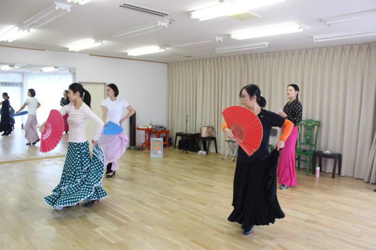 Y chiakiフラメンコ教室 カラコレス①